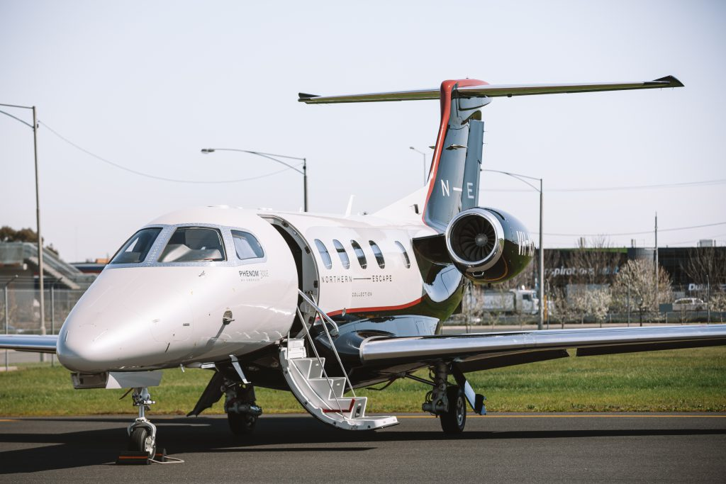 Embraer Phenom 300E private jet