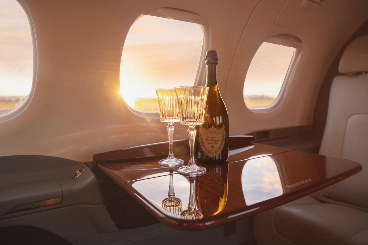 Private jet from Brisbane to Hamilton Island