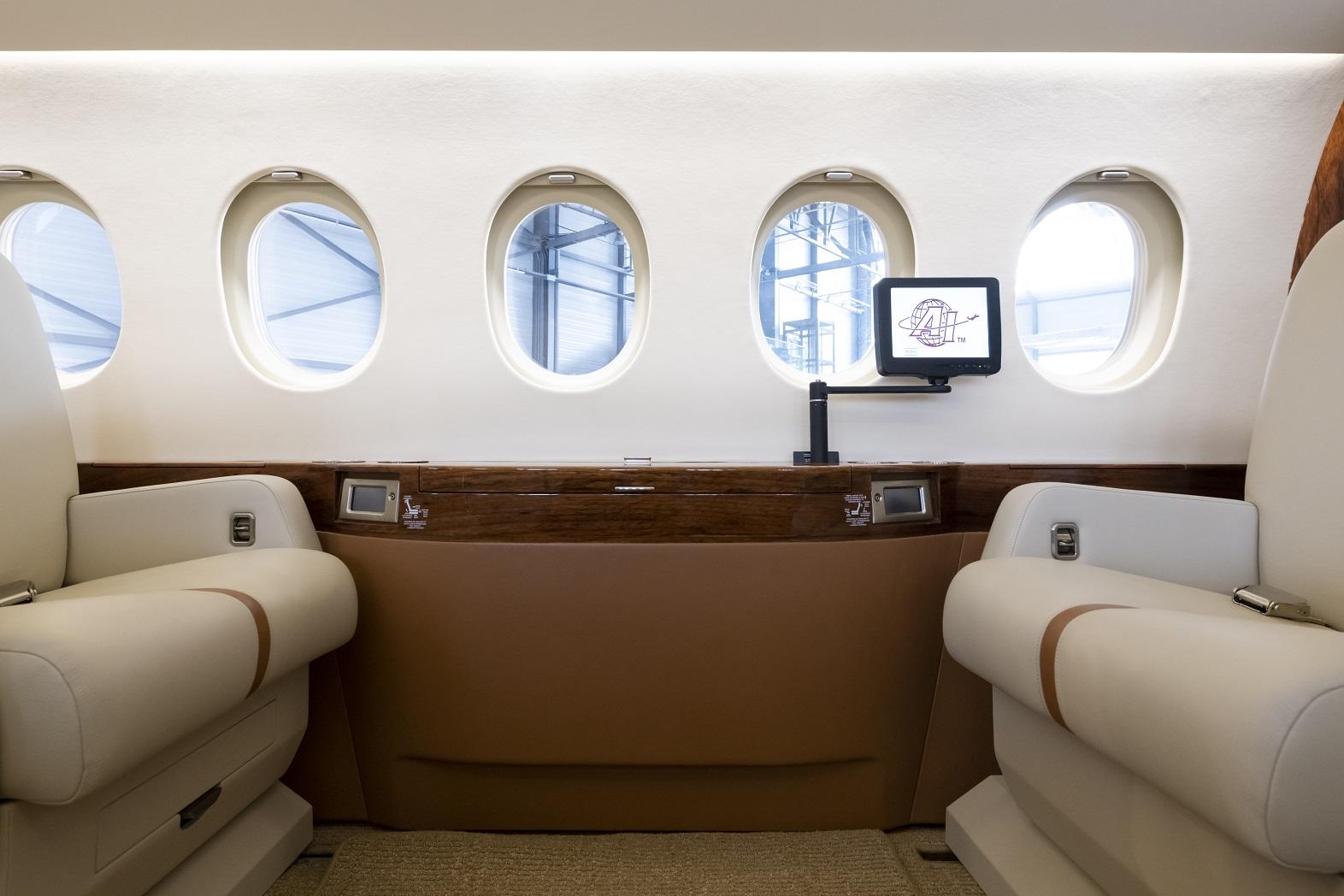 Falcon 2000LX forward cabin